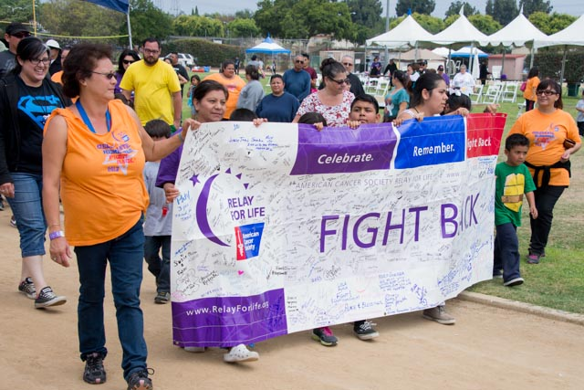 Picture of people walking for relay for life 2013